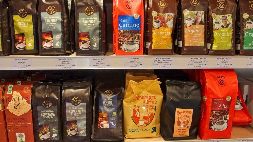 Kaffe, unser typisches Angebot aus fairem Anbau und Handel